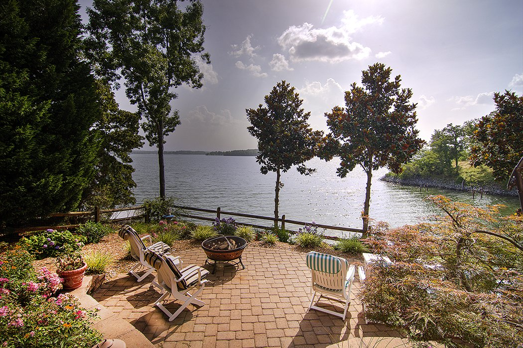 Carolina Waterfront Homes For Sale